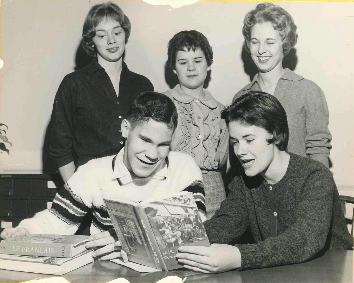 Byron Smith and Members of Delta Gamma